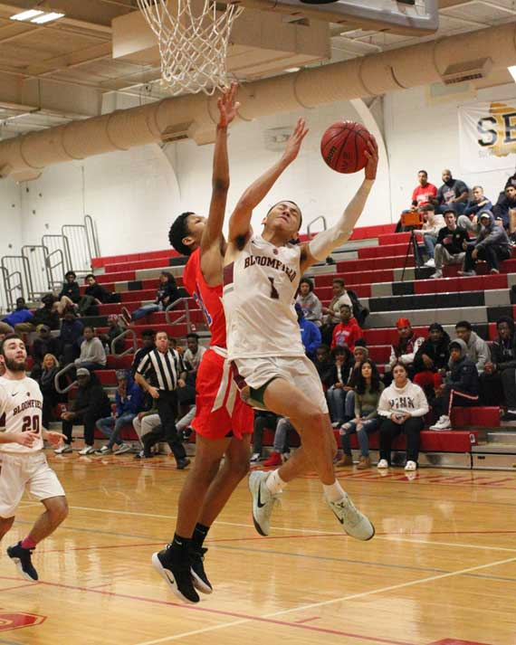 Bloomfield HS boys' basketball team notches victories