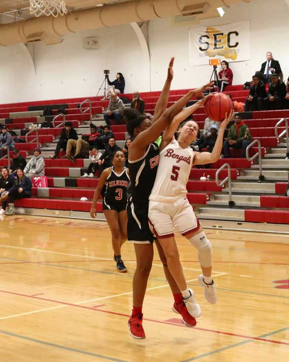 Bloomfield HS girls' basketball team tops Columbia to improve to 7-3