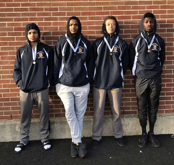 Belleville HS boys 4×400 relay team sets school record at sectional meet; qualifies for Group meet